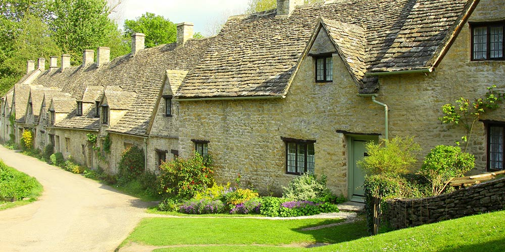 cotswold terraced house